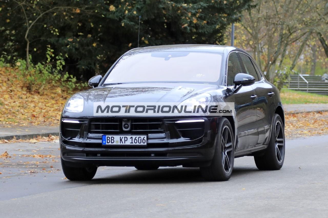 Porsche Macan - Foto spia 11-11-2020