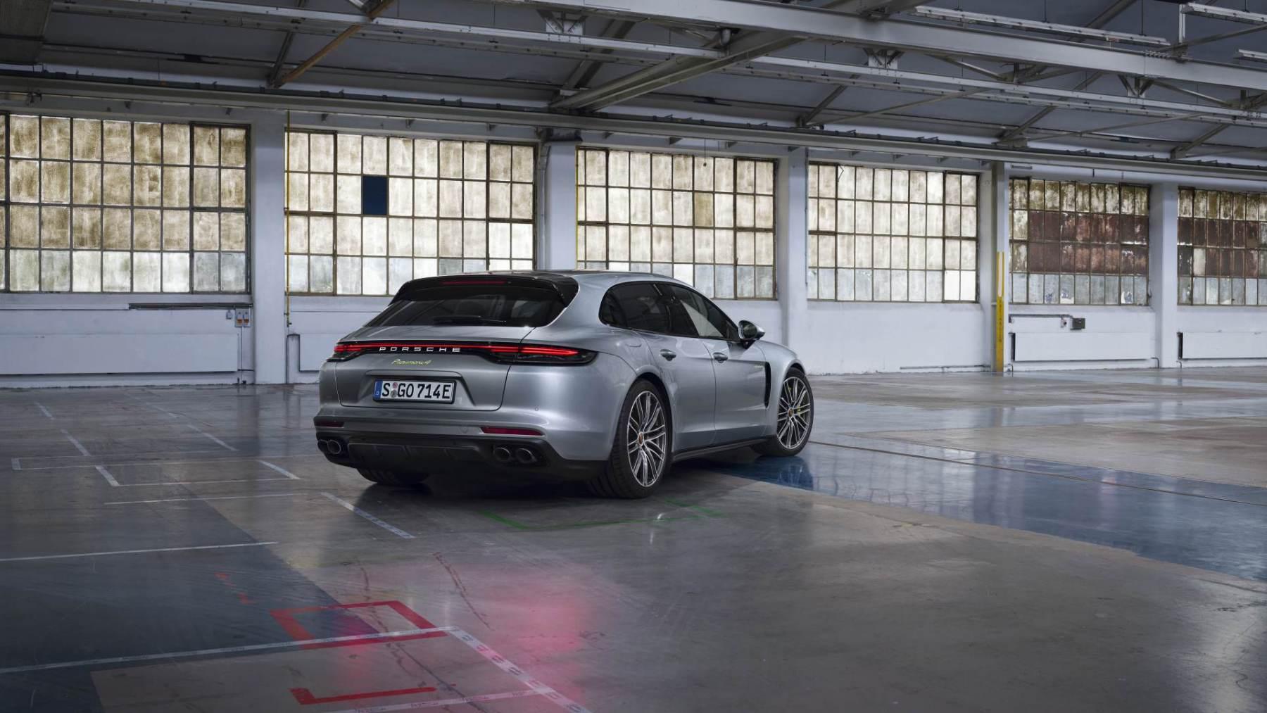Porsche Panamera - completa la gamma ibrida plug-in