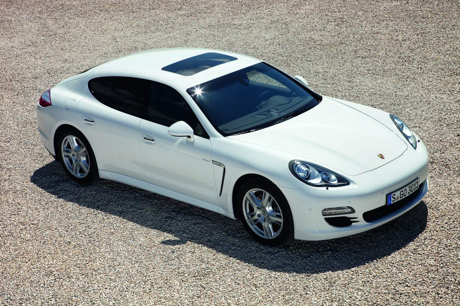 Altre Foto della Galleria: Porsche Panamera Diesel 2011