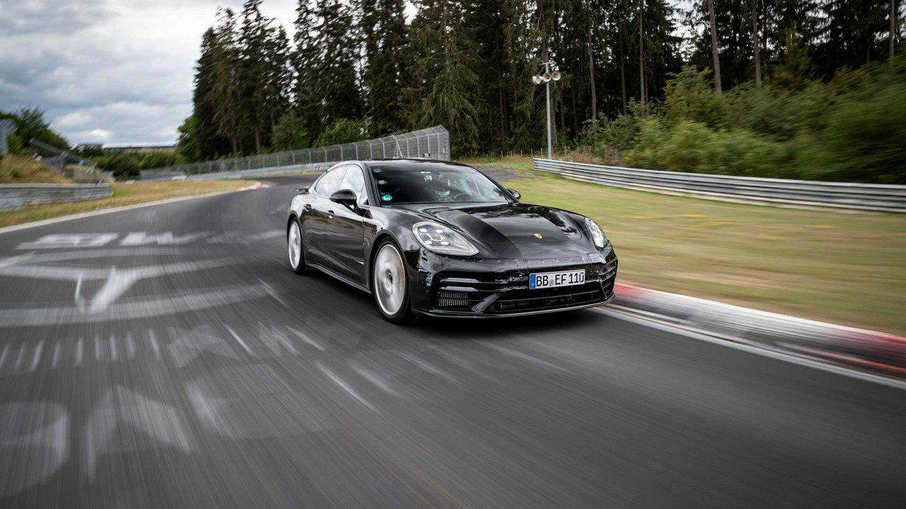 Porsche Panamera record Nurburgring