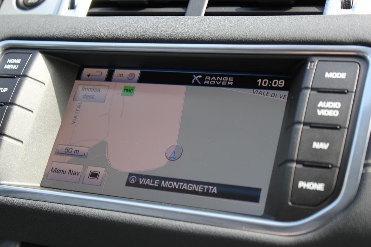 range rover evoque test drive 2012 6 180. Black Bedroom Furniture Sets. Home Design Ideas