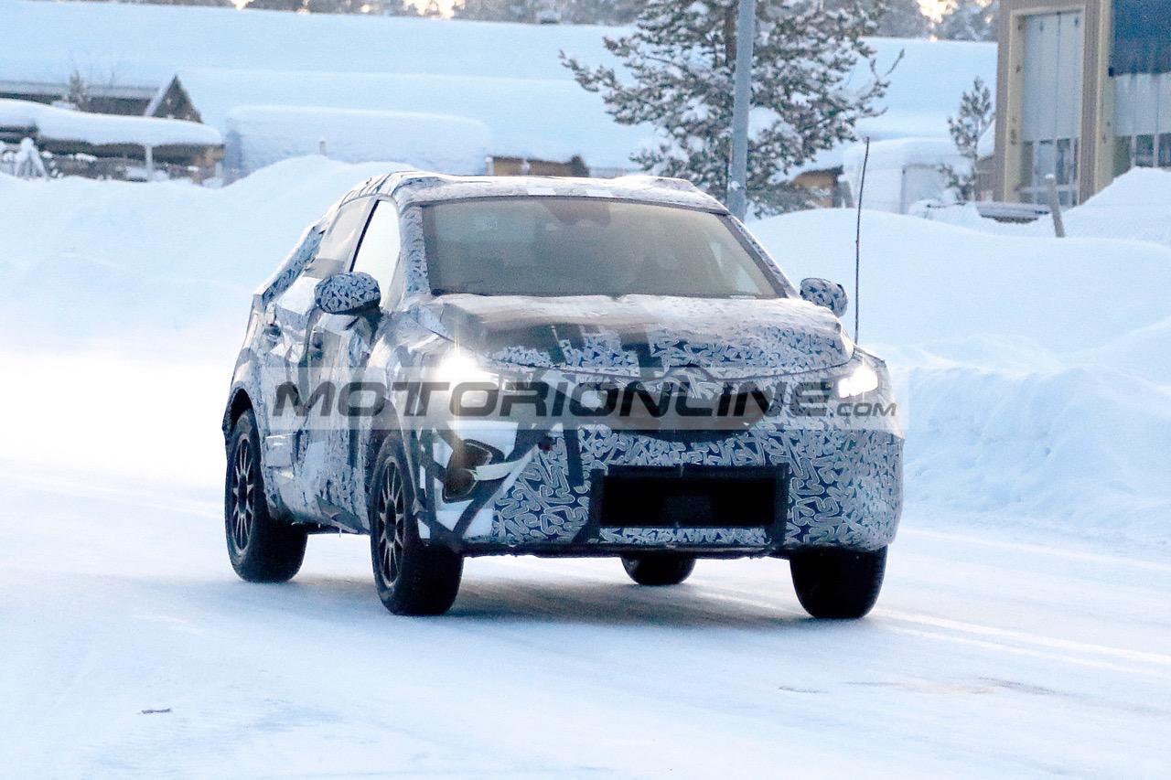 Renault Captur - Foto spia 8-2-2019