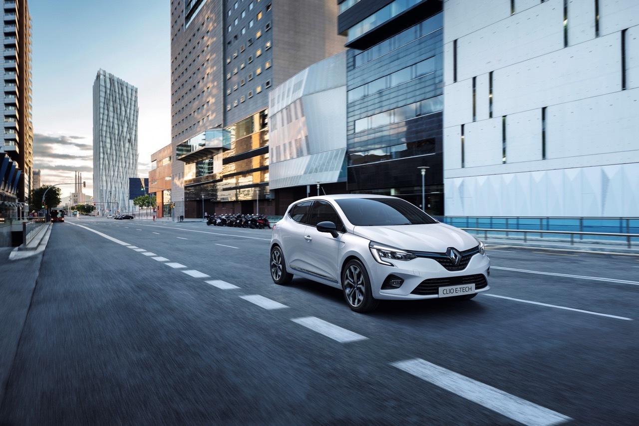 Renault Clio ibrida - Foto ufficiali