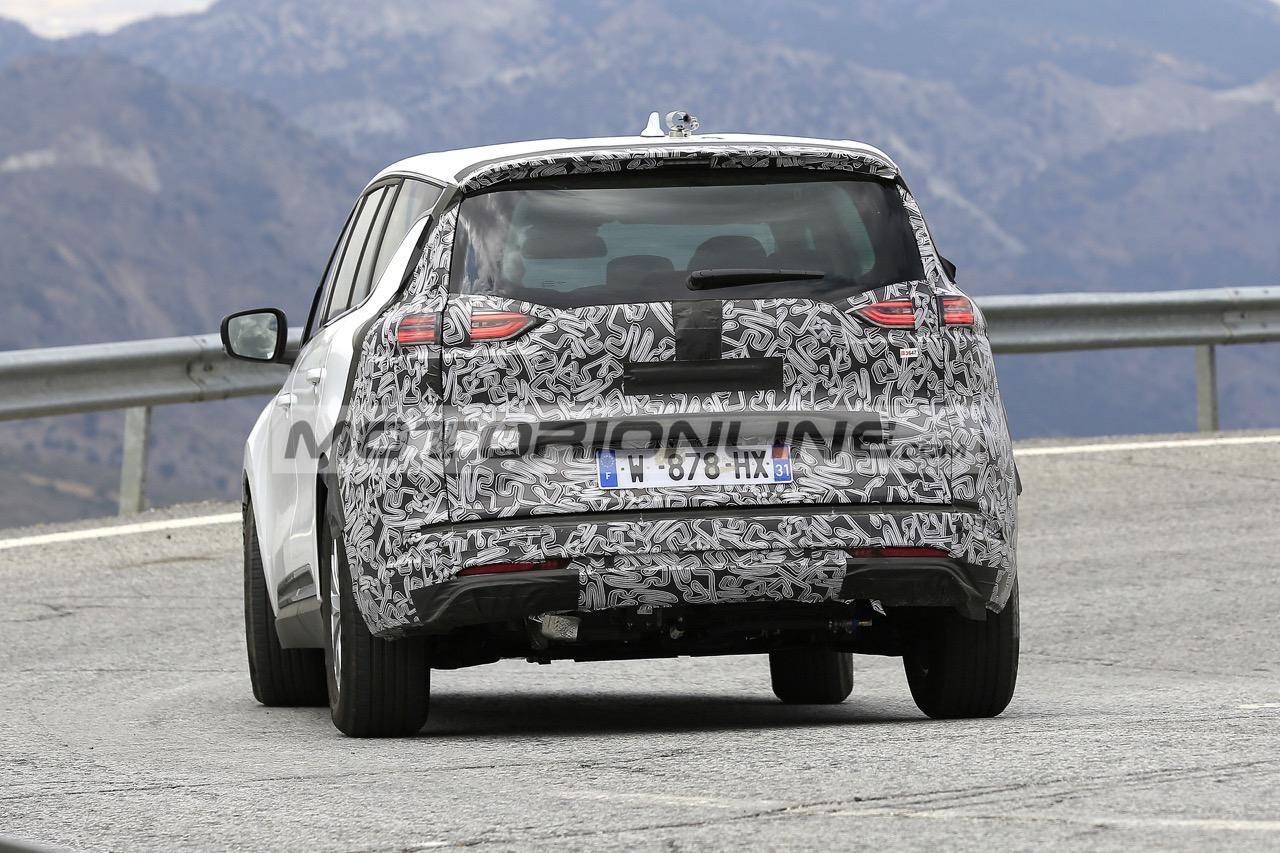Renault Espace 2020 - Foto spia 2-10-2019