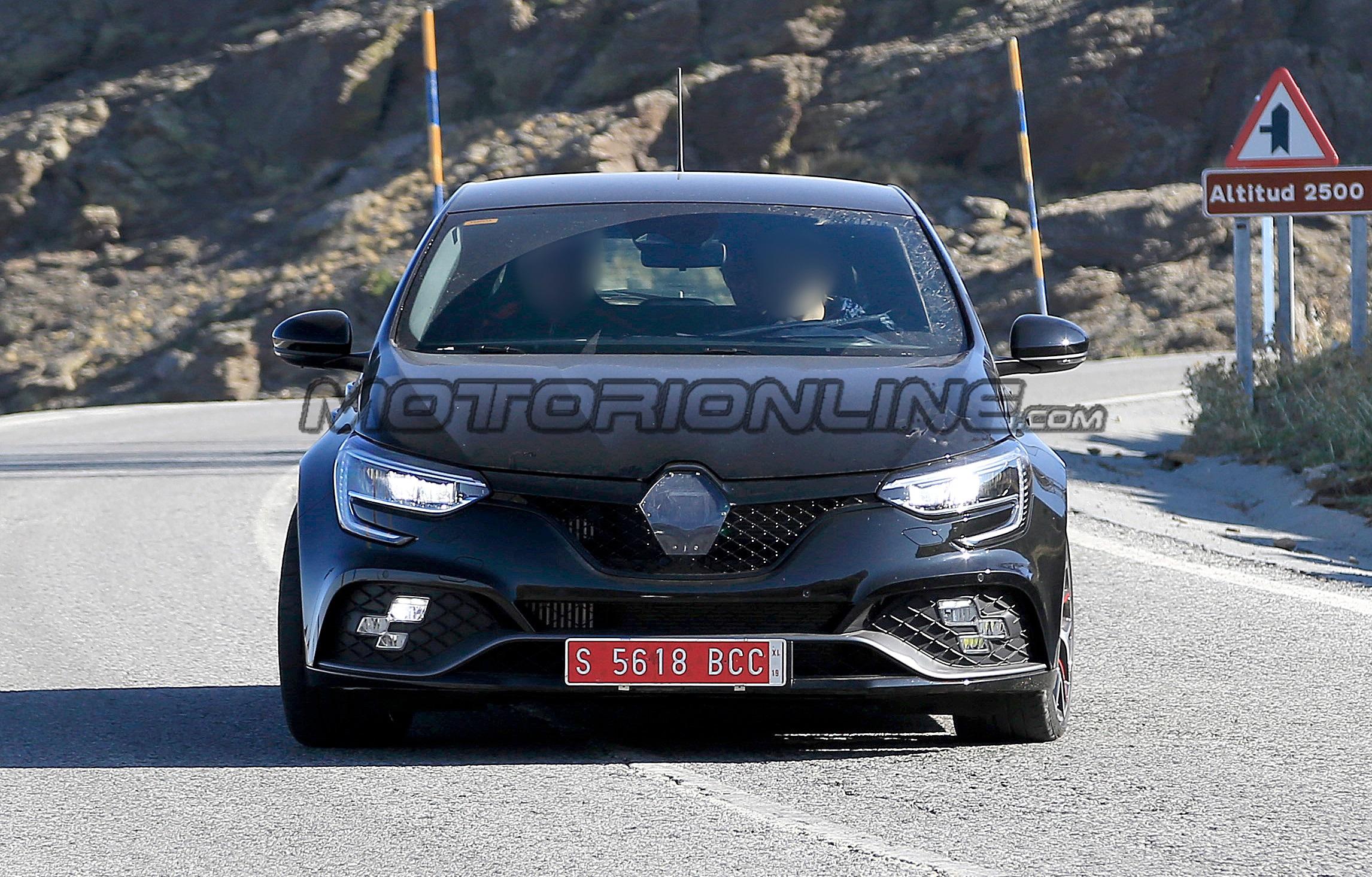 Renault Megane RS 2020 - Foto spia 05-09-2019