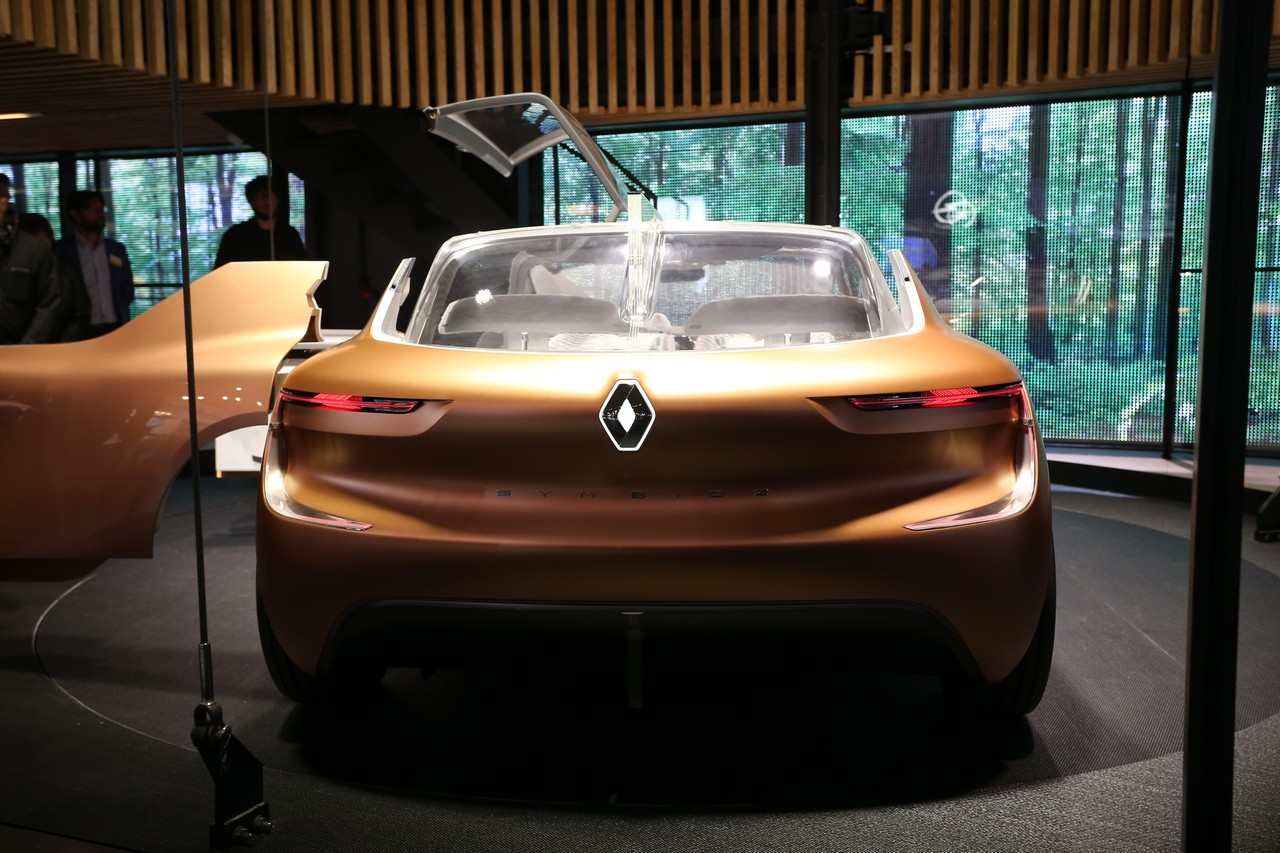 Renault Symbioz Concept - Salone di Francoforte 2017
