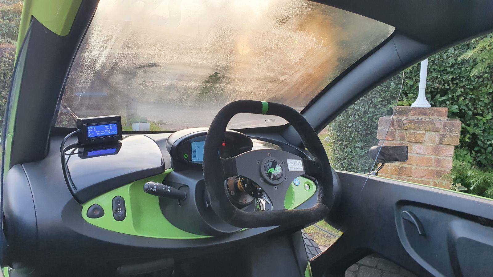 Renault Twizy - Tuning  Oakley Design