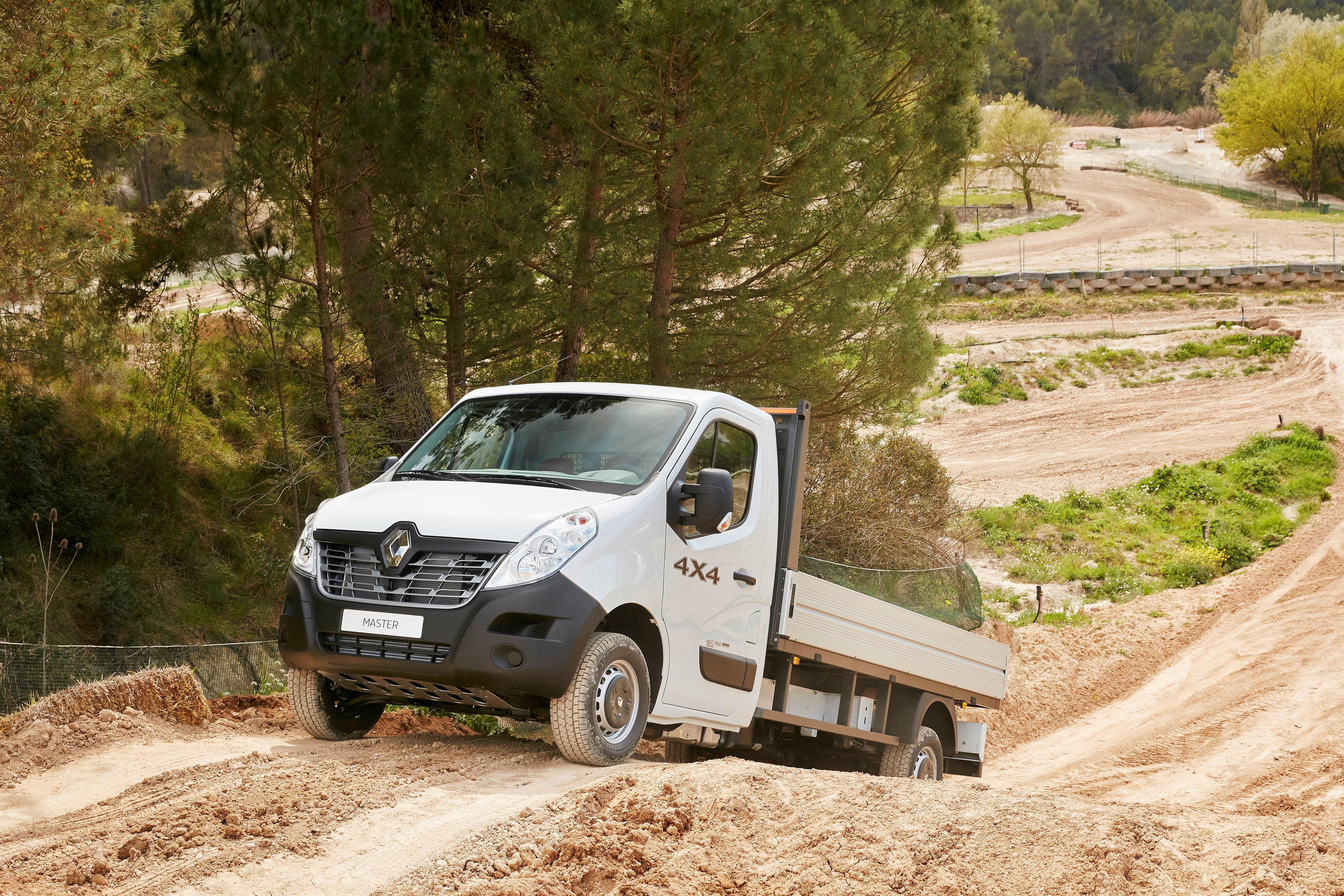 Renault X-Track e Master 4X4