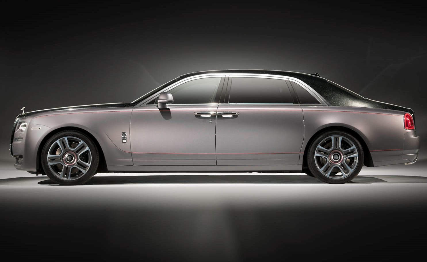 Rolls-Royce Ghost Elegance diamantata