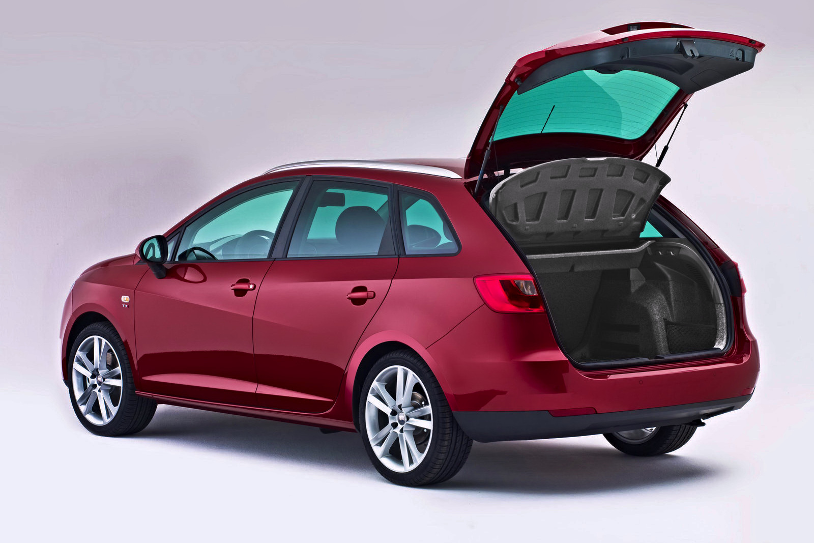 seat ibiza sport tourer 2011 6 9. Black Bedroom Furniture Sets. Home Design Ideas