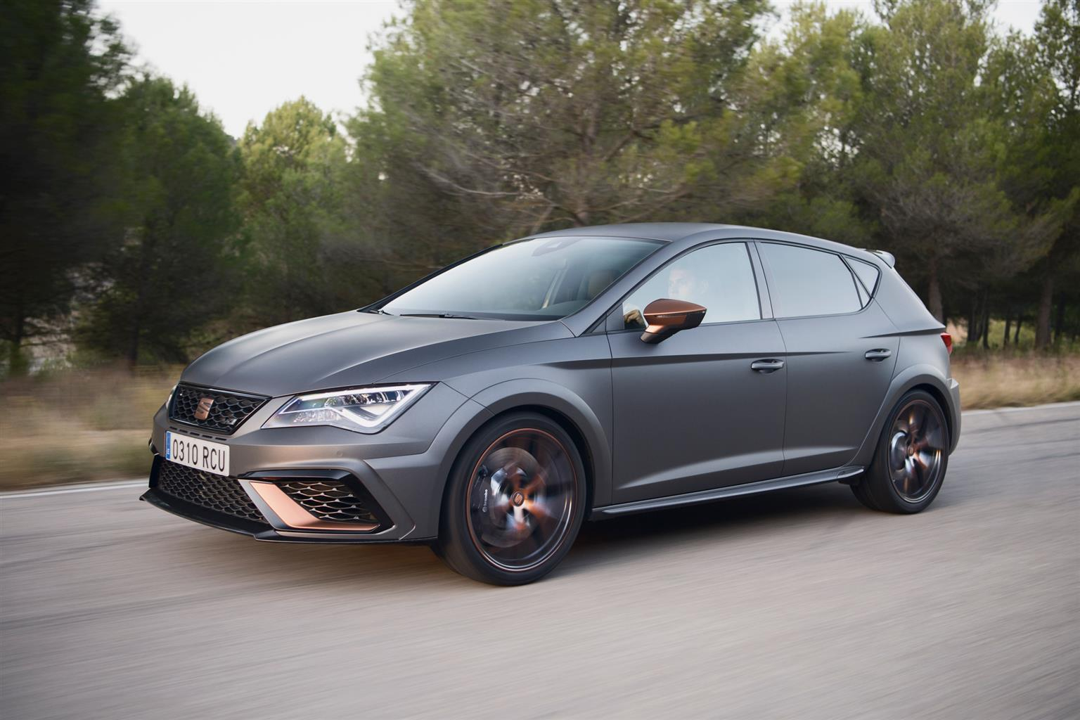 seat leon cupra r 2018 12 41. Black Bedroom Furniture Sets. Home Design Ideas