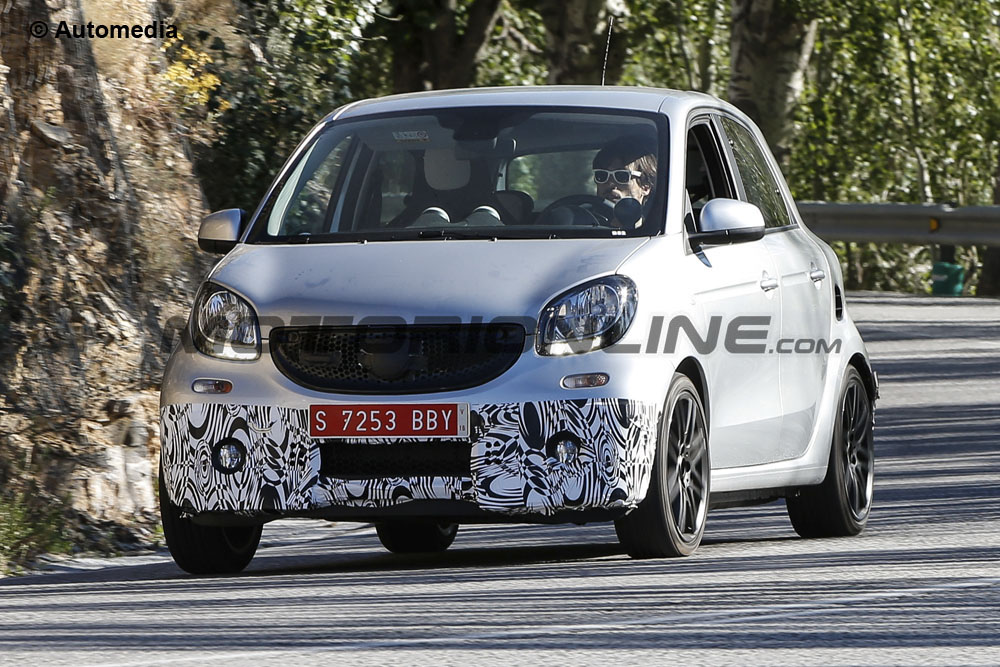 Smart ForFour Brabus - Foto spia 24-07-2015