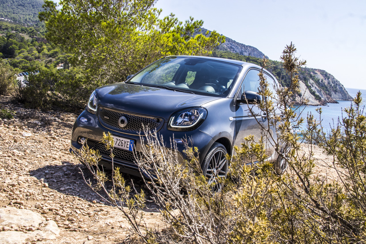 Smart ForTwoBrabus MY 2016 - Test Drive in anteprima