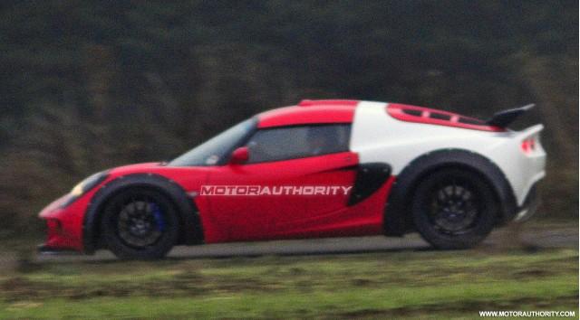Spy shot della nuova Lotus Esprit?