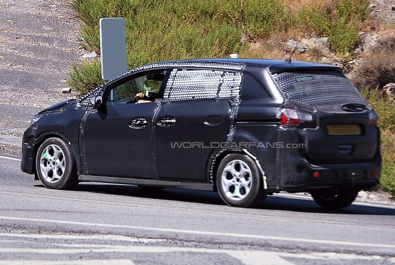 Spy shots Ford C-Max
