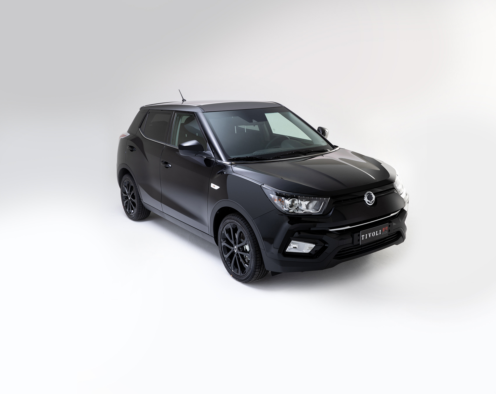 SsangYong Tivoli Black Edition