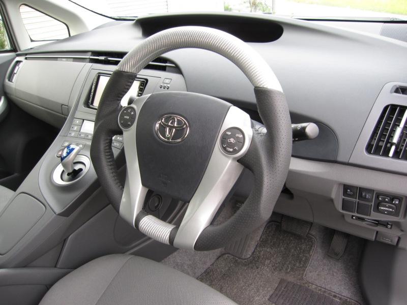 Tommy Kaira Toyota Prius ibrida