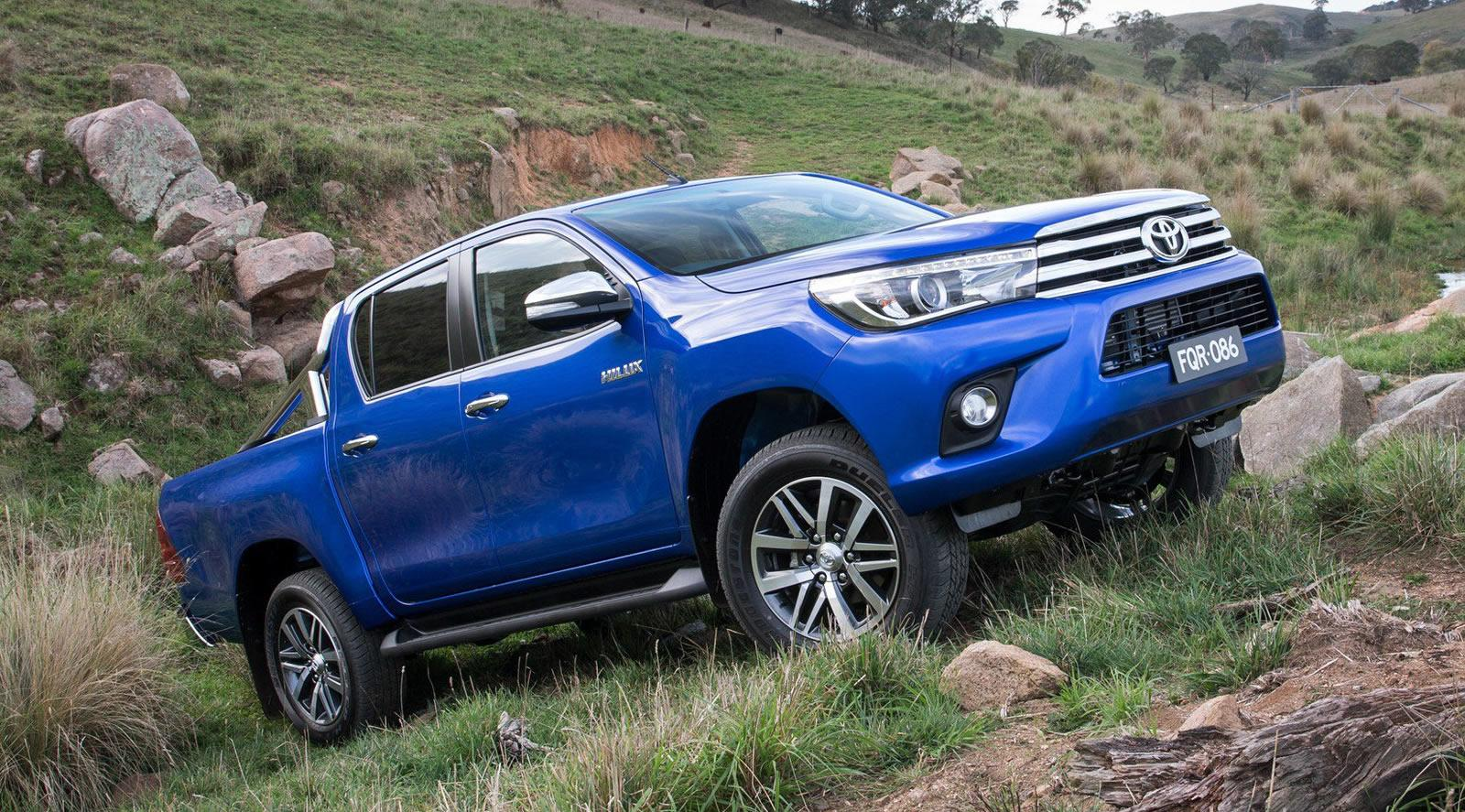 11 further Nlss N Np200 Nissan Np200 2009 Stainless Steel Low Nudge 2 moreover 2016 Toyota Hilux Trd Sportivo Brochure 021 in addition 9 further Landcruiser. on toyota hilux 2016