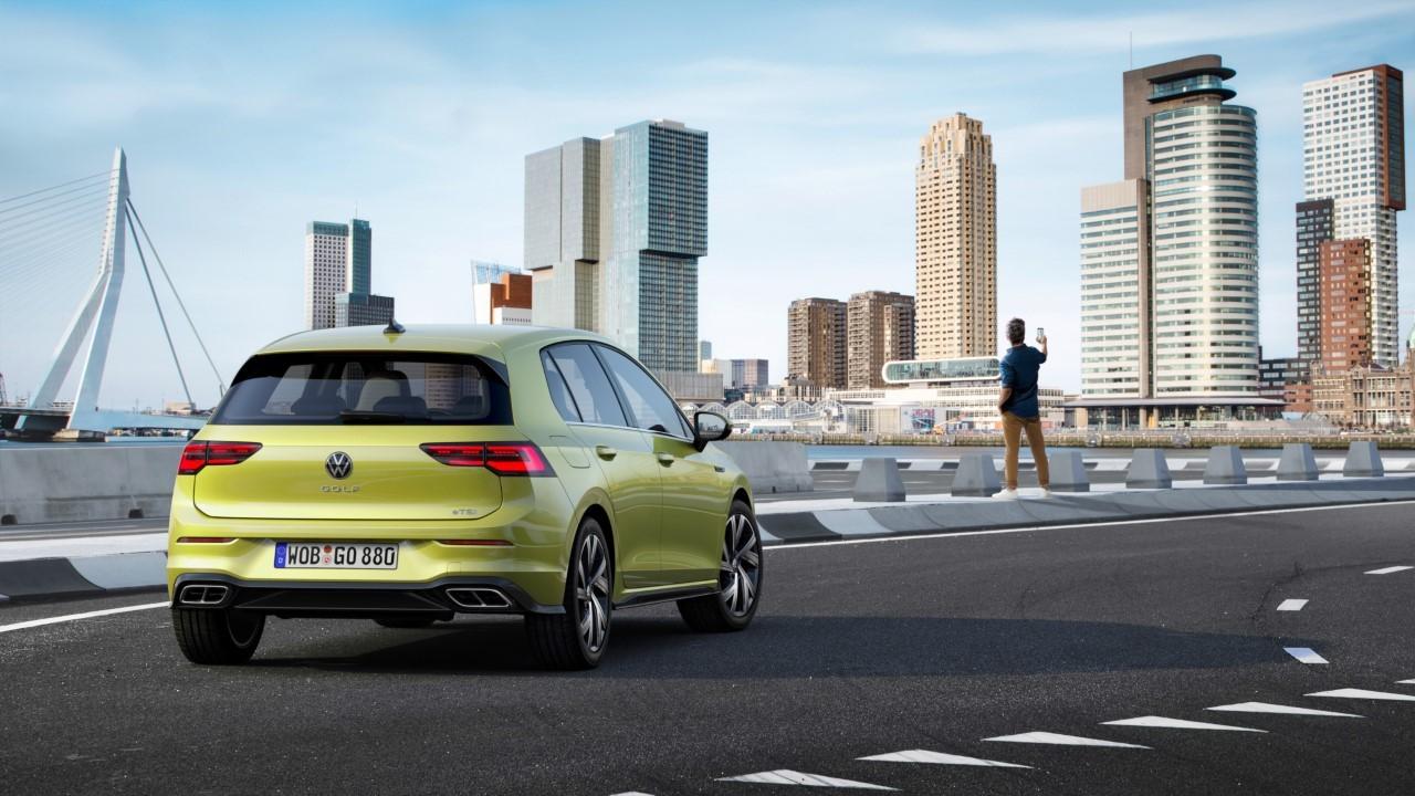Volkswagen Golf 8 R-Line - Foto ufficiali