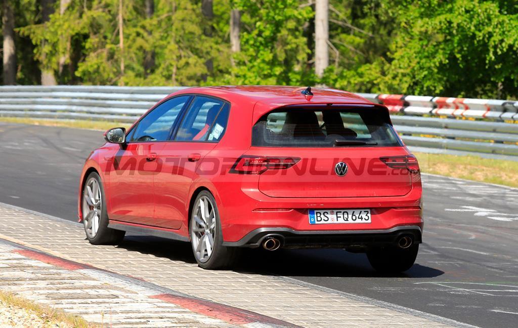 Volkswagen Golf GTI TCR - Foto spia 13-05-2020