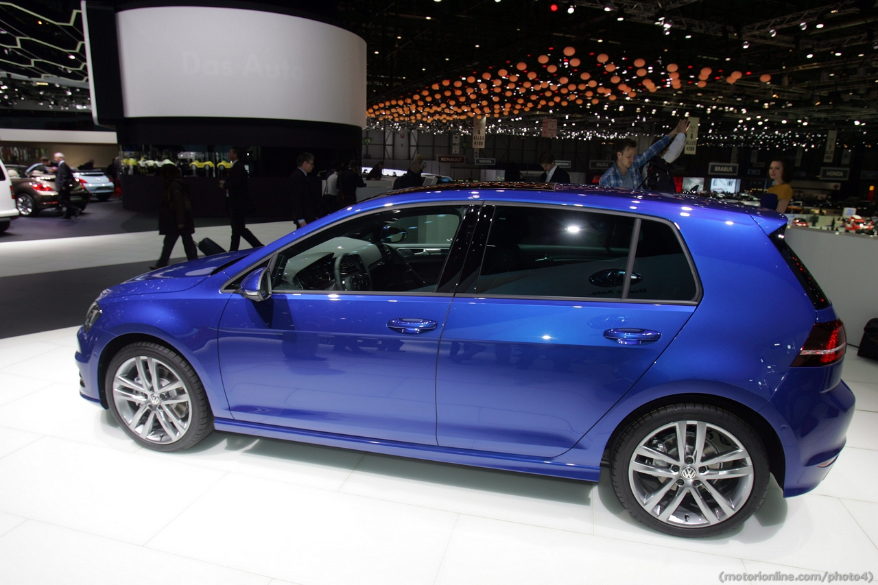 volkswagen golf r line salone di ginevra 2013 foto 3 di 12. Black Bedroom Furniture Sets. Home Design Ideas