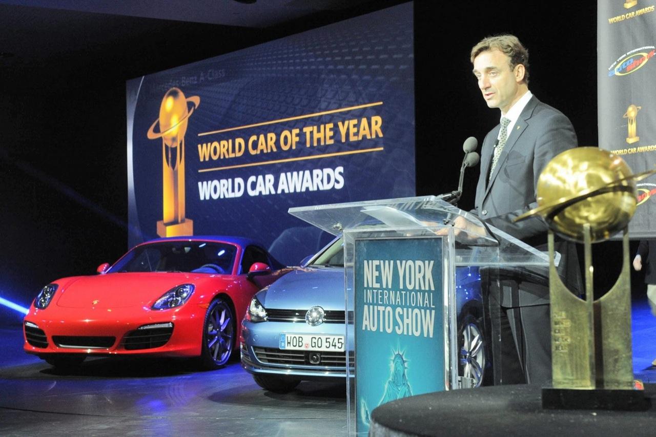 volkswagen golf vii world car of the year salone di new york 2013 13 13. Black Bedroom Furniture Sets. Home Design Ideas