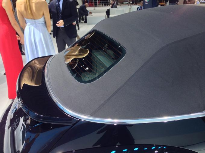 Volkswagen Maggiolino Cabriolet - Motor Show di Bologna 2012