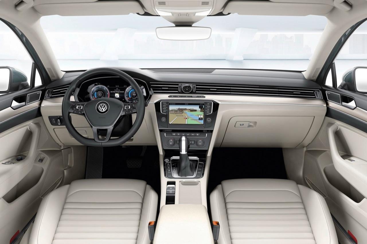 Volkswagen Passat MY 2015
