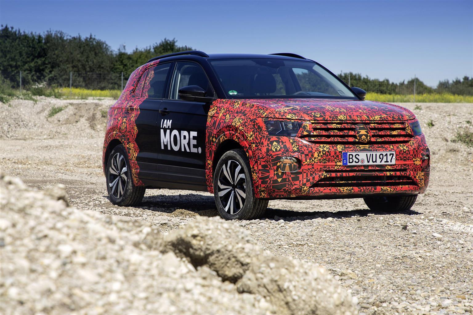 Volkswagen T-Cross prime immagini
