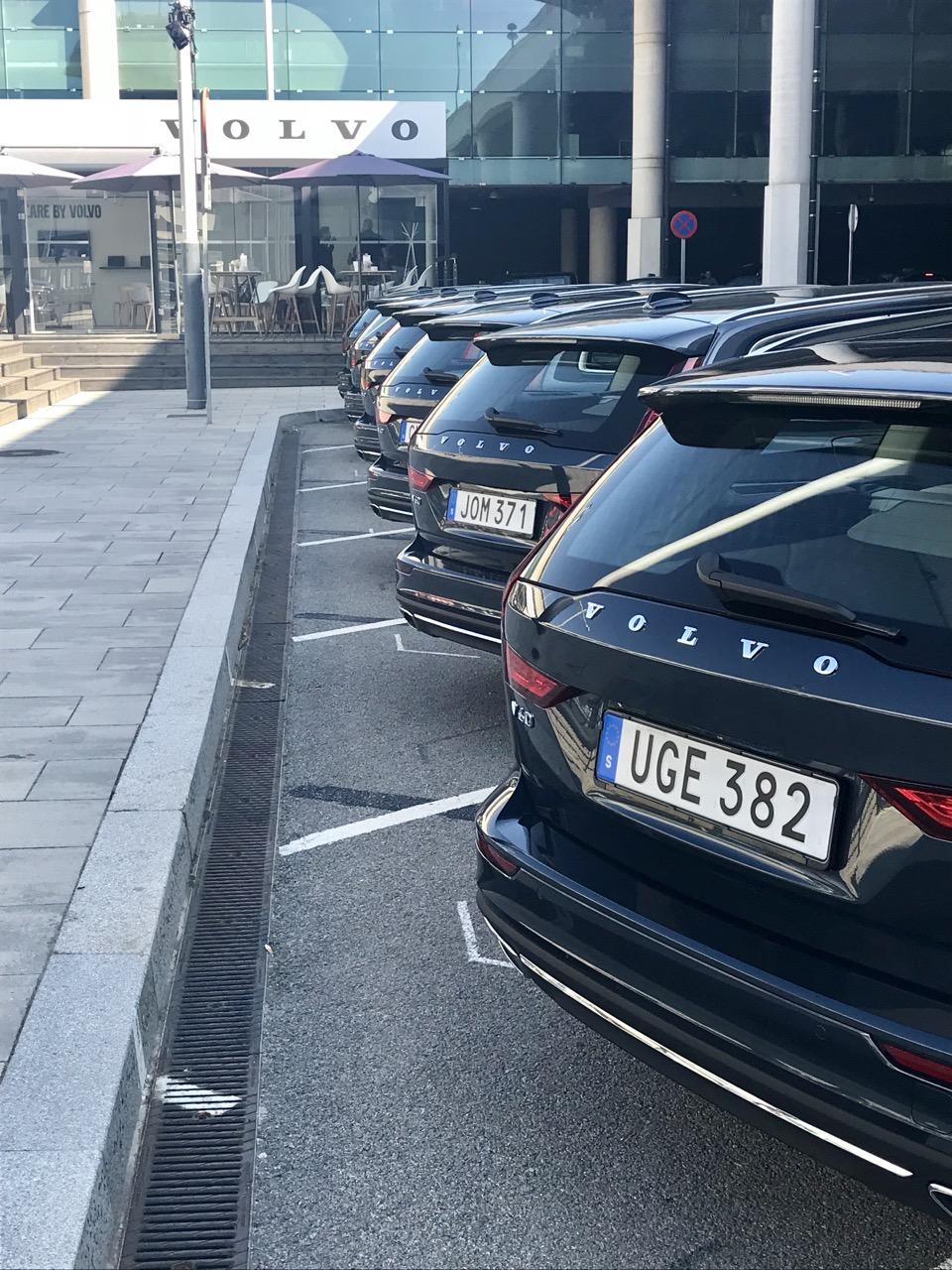 Volvo V60 MY 2018 - Test Drive in Anteprima