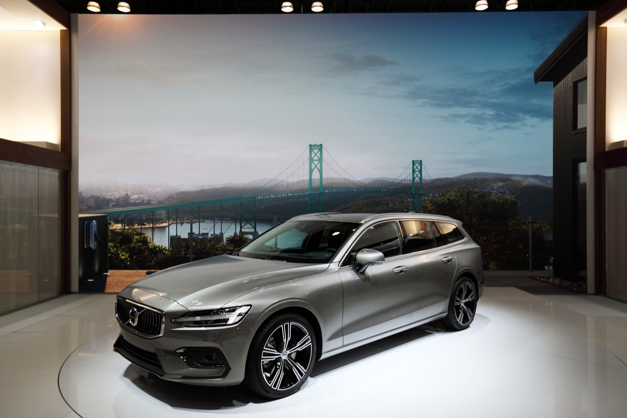 Volvo V60 - Salone di New York 2018