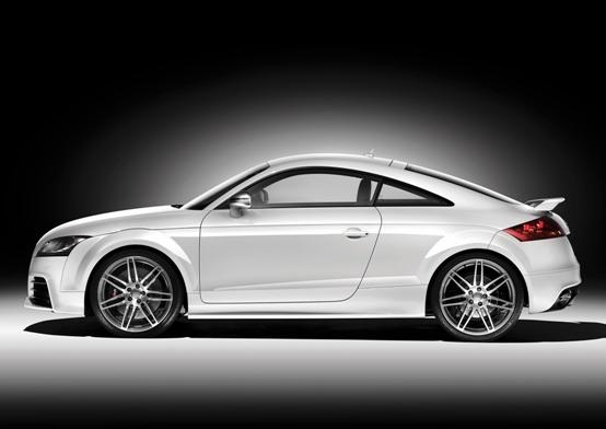 Audi TT RS ufficializzati i prezzi della nuova sportiva