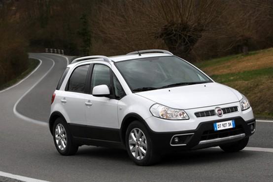 Fiat rivela il Sedici Crossover revisionato con nuovi motori benzina e diesel