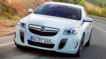 Prime foto ufficiali dell'Opel Insignia V6 Twin-Turbo 325CV