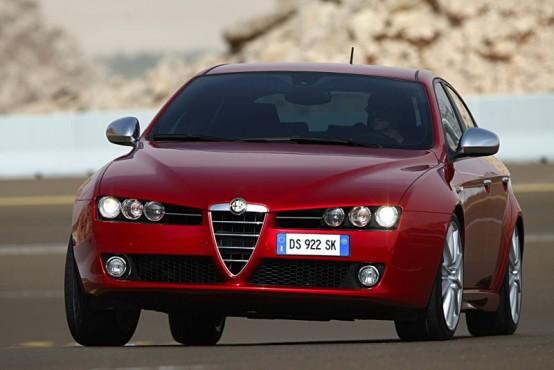 """Arriva Alfa Romeo 159 al grido di """"Certe strade meritano un' Alfa Romeo"""""""