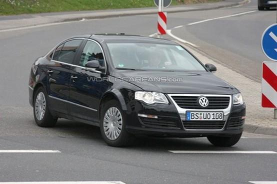 Prime foto-spia della Volkswagen Passat 2012 Prototipo