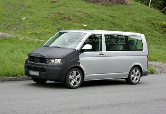 Foto spia del Volkswagen T5 Multivan rivisitato
