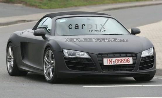 Audi nega il progetto di una R8 elettrica ma conferma il debutto a Francoforte della R8 Cabrio