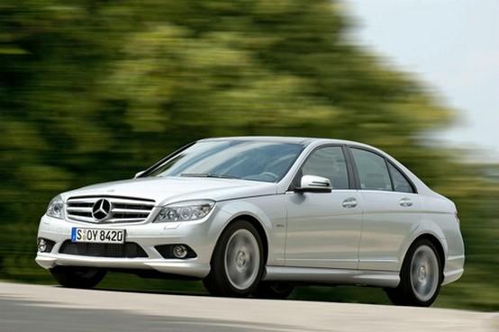 Mercedes aggiunge nuovi motori alla gamma BlueEFFICIENCY della Classe-C