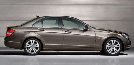 La nuova Mercedes Classe C avrà un motore a tre cilindri