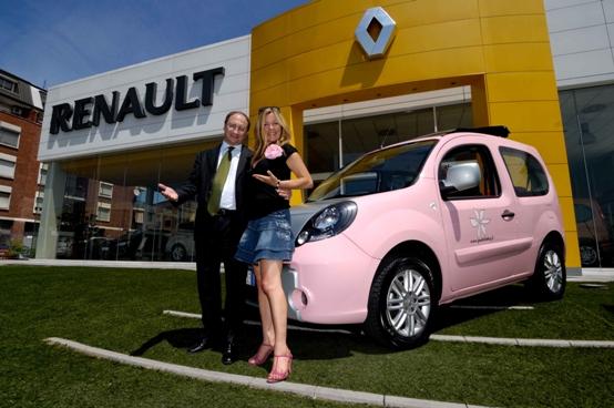 Renault Be Bop: il primo blogger-vehicle di rosa vestito