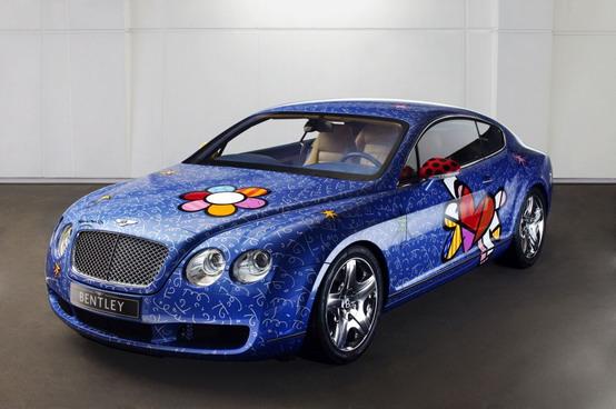 """Una Bentley tutta """"pop"""" da Romeo Britto"""