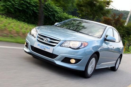 Hyundai lancia la prima ibrida LPG: la Elantra LPI HEV