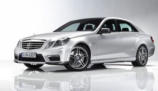 Mercedes-Benz Classe E 63 AMG berlina: una sportiva per tutti i giorni