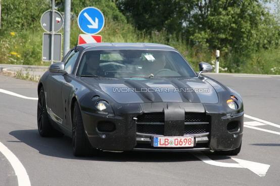 Spiata la Mercedes SLS AMG Gullwing