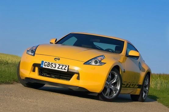 Sarà presentata a Goodwood la Nissan 370Z Yellow GT4