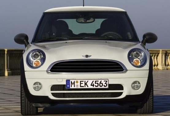 A settembre il debutto del nuovo diesel MINI in Italia da 90 cavalli