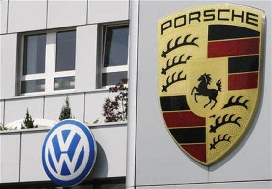 Volkswagen rileverà il 42% di Porsche: ok alla fusione