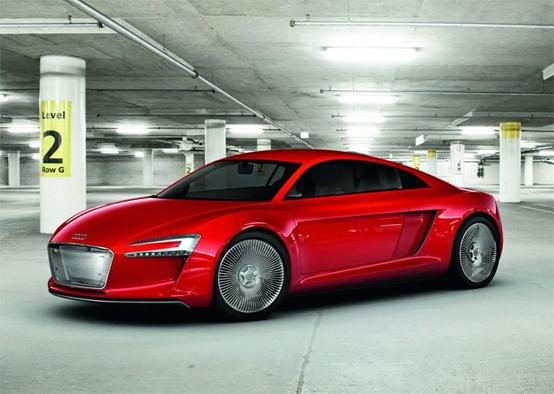 Audi e-tron: la svolta elettrica di Audi