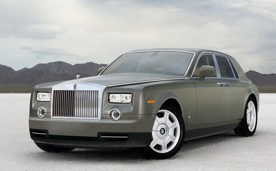 Rolls-Royce Phantom, si parla di nuovo dell'auto elettrica di Goodwood